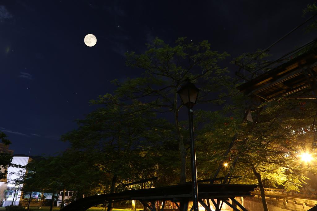 半世紀的浪漫重逢,夏至的滿月~草莓月亮,錯過今年再等46年 @penny小食光輕旅行