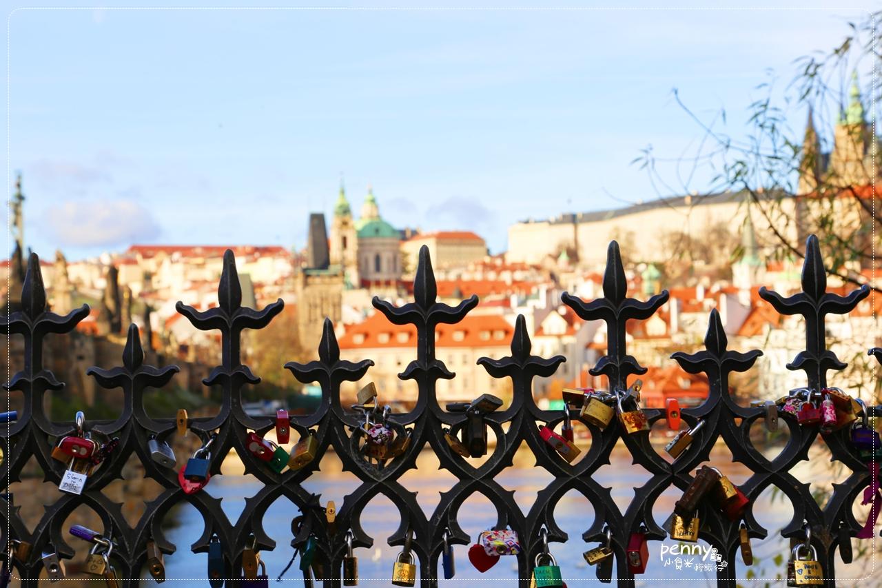 今日熱門文章:【捷克旅行】布拉格伏爾塔瓦河(Vltava River)遊船.散步查理大橋 (Charles Bridge)