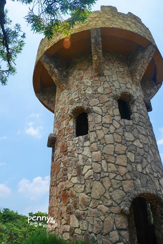 輕旅行|基隆一日遊|免費景點-情人湖公園‧老鷹岩‧番仔澳象鼻岩‧忘憂谷‧101高地‧基隆廟口