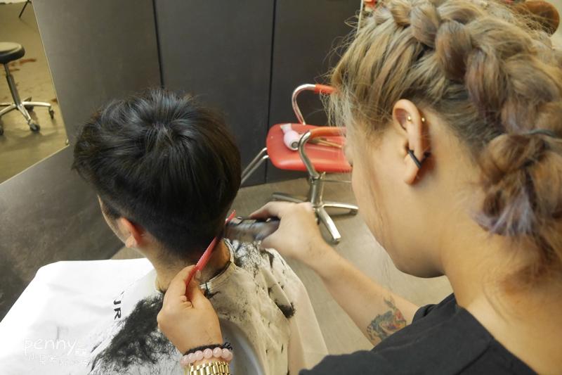 美髮|A'mour Hair Salon 3號店.公館美髮㊣這裡有貓‧雙人美髮‧結構式護髮初體驗 @penny小食光輕旅行