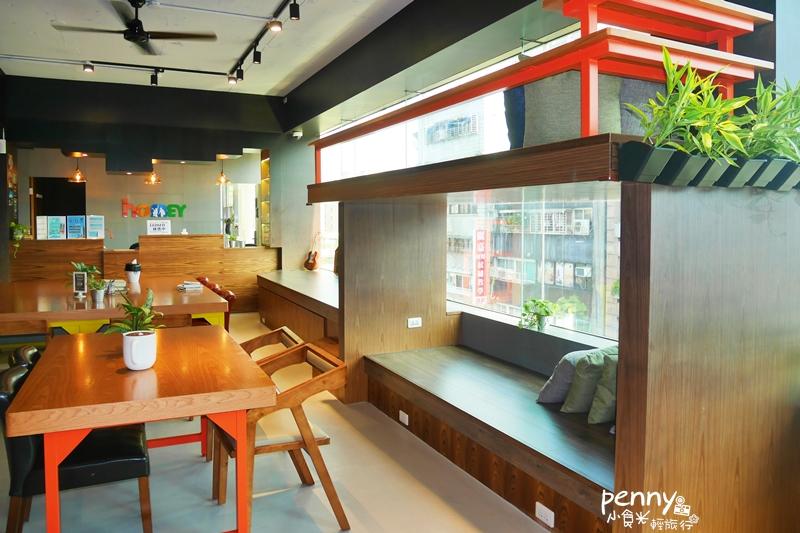 輕旅行|台北城市綠店:homey hostel 紅米青年旅館|環保在生活中實踐,旅行台北看見小世界
