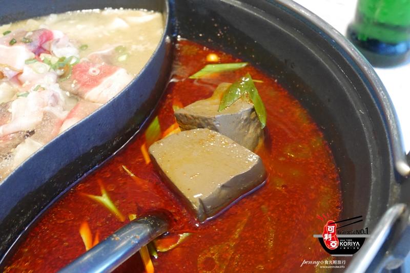 小食光|松山美食.可利亞石頭火鍋-老店推出麻辣新湯底-石頭/麻辣鴛鴦火鍋吃到飽